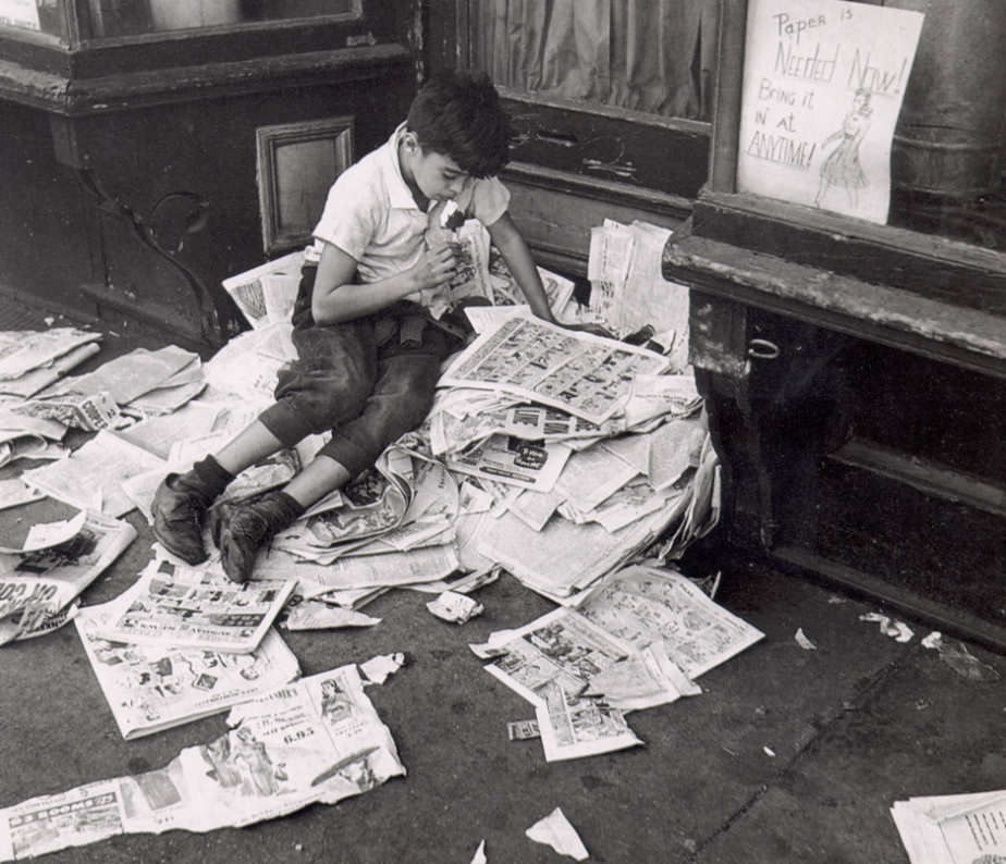 Kertesz.Newspapers